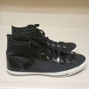 Converse Leather  Unisex Sneakers
